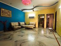 IVHQ volunteer living room in India