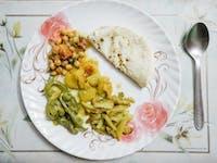 Volunteer dinner in Dharamsala with IVHQ
