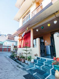 Volunteer house exterior in Dharamsala, India with IVHQ