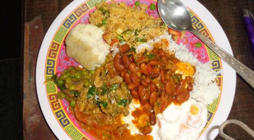 Eat like a local volunteering in India Dharamsala