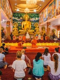 IVHQ volunteers visit Vipassana Temple, Laos during the weekend