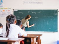 IVHQ volunteer teacher in Laos