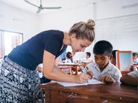 Volunteer teachers in Laos with IVHQ