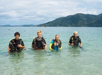 IVHQ Marine Conservation volunteers in Madagascar