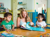 Childcare volunteer in Mexico with IVHQ