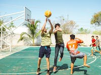 IVHQ Teaching English volunteer playing sports in Mexico