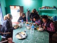 Chitwan Nepal volunteers eating