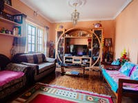 Kathmandu Nepal volunteer homestay living room
