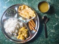IVHQ Dinner example in Nepal