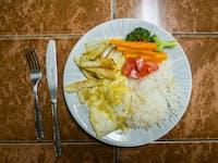 Volunteer dinner in Cusco with IVHQ