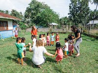 Volunteer in the Philippines working on the kindergarten project