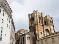 Exploring Portugal buildings during an IVHQ weekend