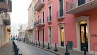 IVHQ volunteers exploring Puerto Rico's buildings during an IVHQ weekend