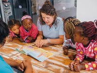 Volunteer in South Africa conservation education
