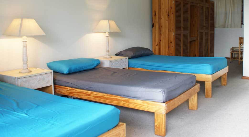 Volunteer dormitory accommodation in South Africa with IVHQ