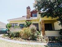 IVHQ South Africa volunteer house