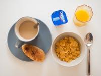 Volunteer breakfast in Madrid, Spain with IVHQ