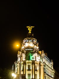 Exploring Madrid at night during an IVHQ weekend
