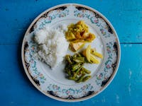 IVHQ volunteer Lunch in Kandy, Sri Lanka