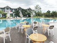 Thailand Hua Hin pool for IVHQ volunteers