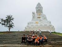 IVHQ volunteers explore Chiang Rai during an IVHQ weekend