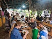IVHQ Thailand volunteers eating dinner