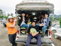 IVHQ volunteers tuk tuk in Chiang Rai during an IVHQ weekend