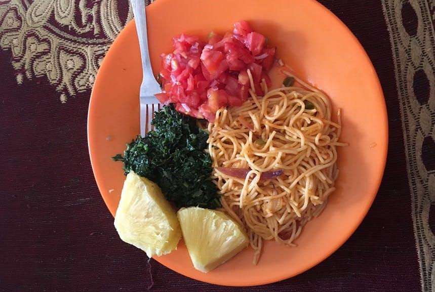 Volunteer meals in Uganda