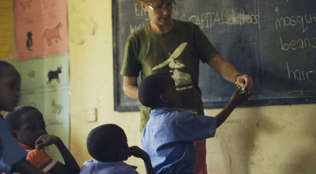 Volunteer as a teacher in Uganda with IVHQ