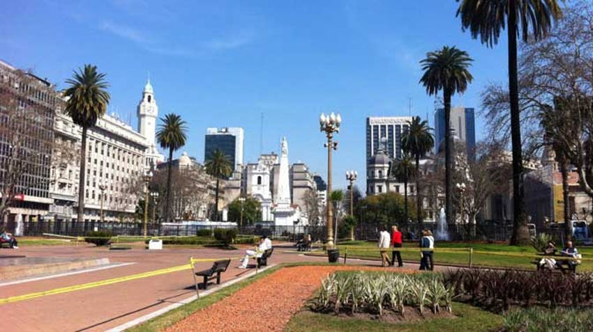 Take a trip to Buenos Aires during an IVHQ weekend