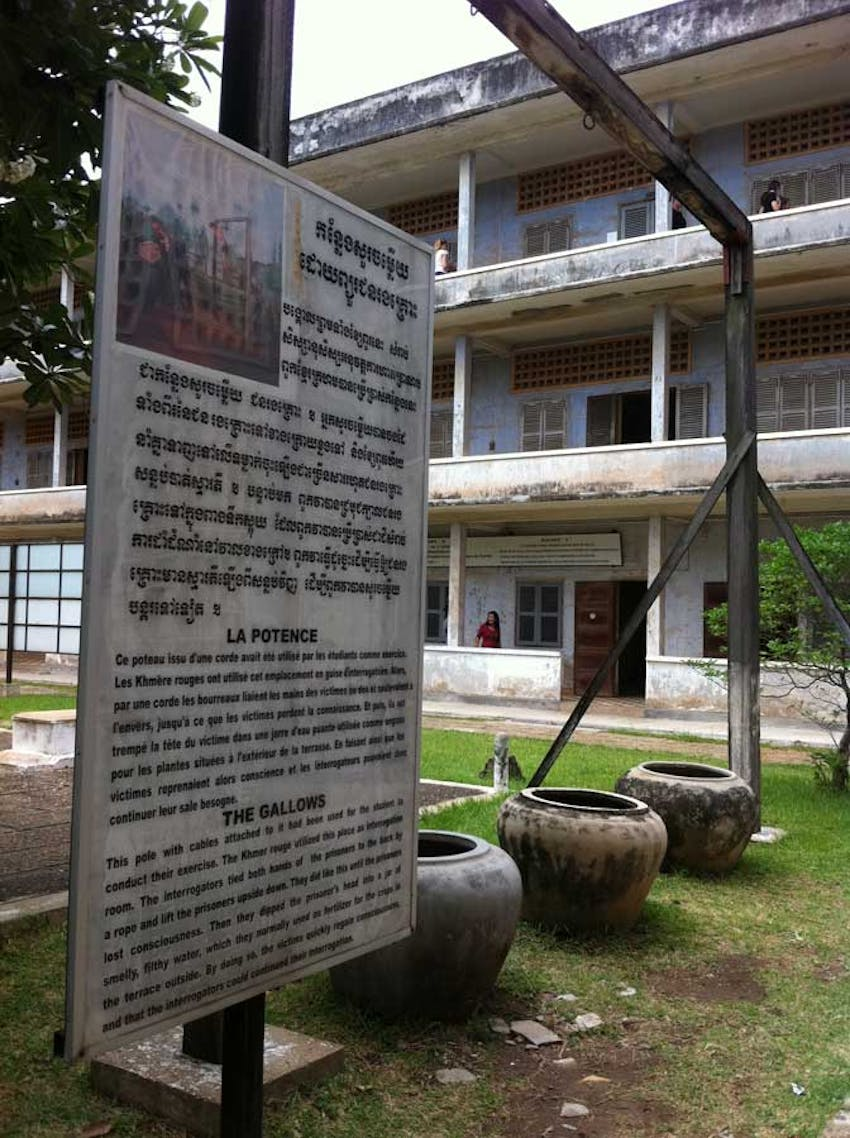 Visit the Tuol Seul Genocide Museum during an IVHQ weekend