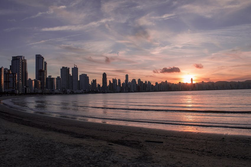 Explore Honolulu during an IVHQ weekend