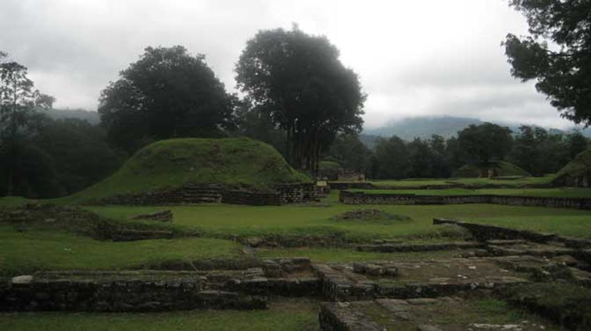 Visiting Iximche as an IVHQ volunteer in Guatemala