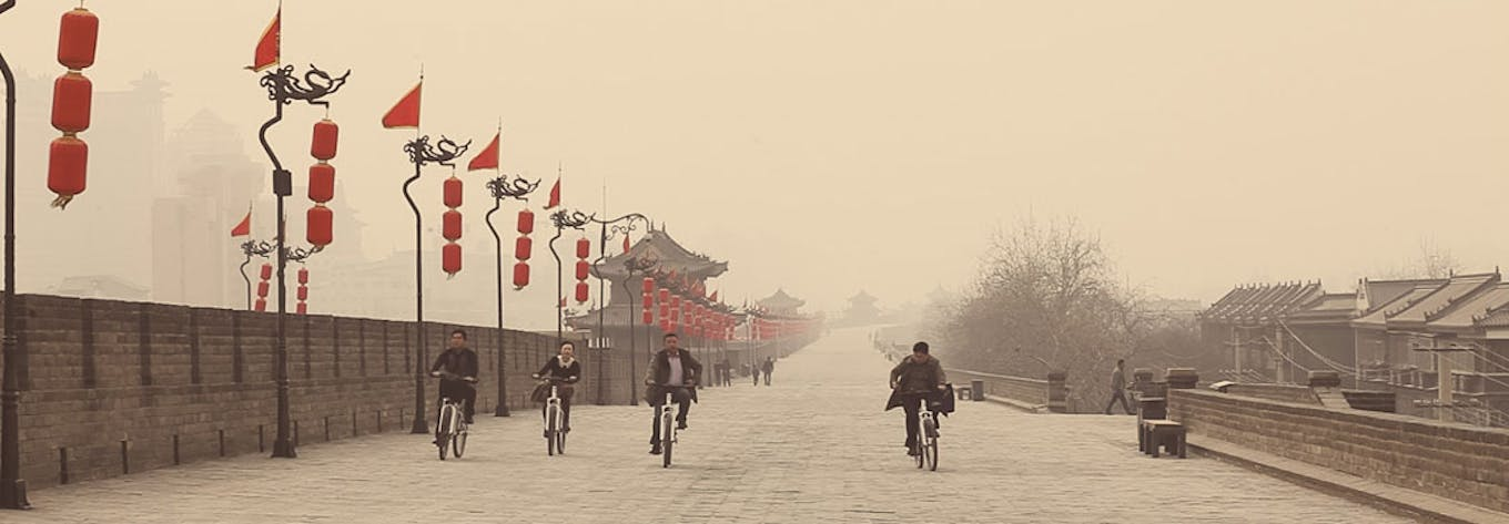 Travel and Tour China with IVHQ