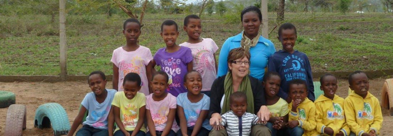 IVHQ Volunteer of the Year Finalist 2013 - Linda Kinnell