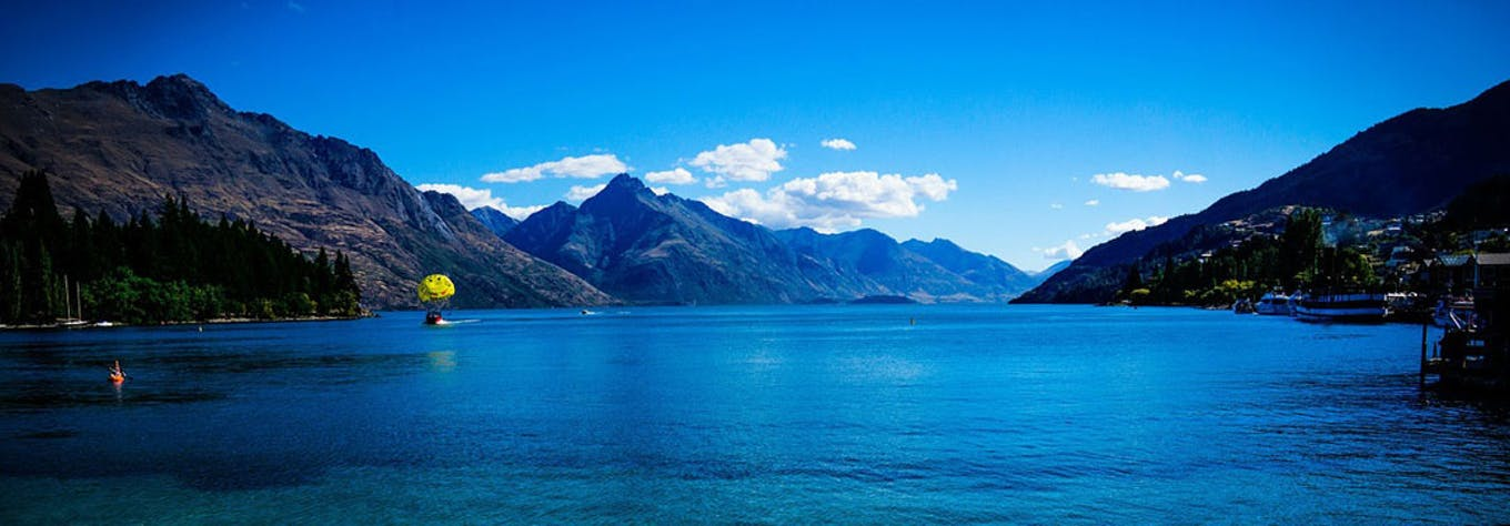 Discover the travel and tour options available to IVHQ volunteers in New Zealand