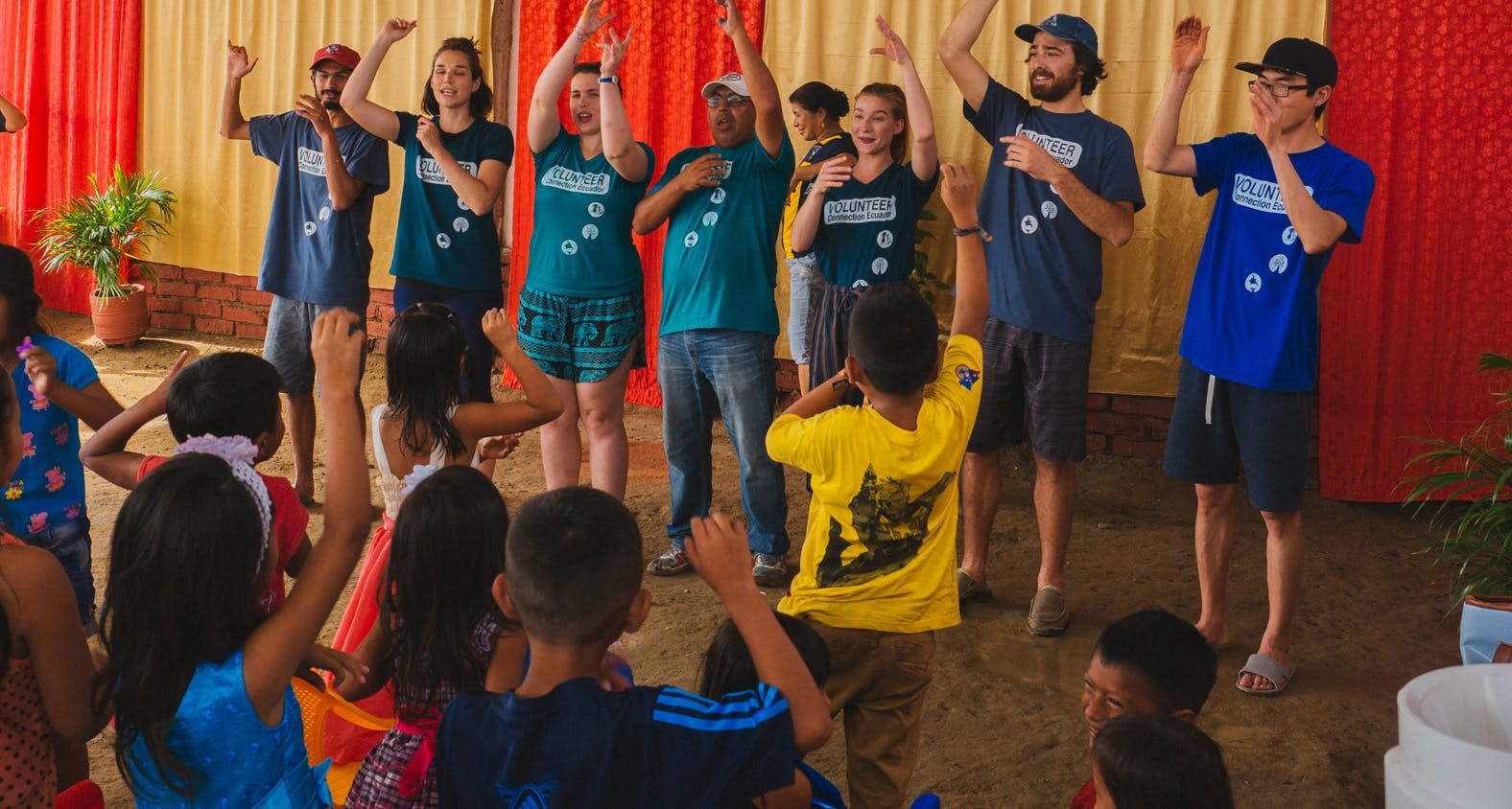 How to book your volunteer abroad experience with IVHQ