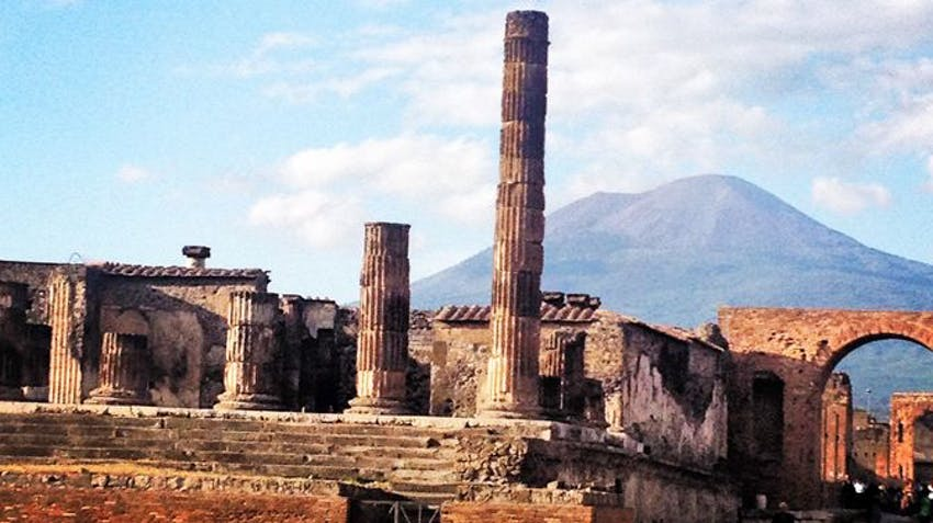 Italy Volunteer Tour Options Pompei