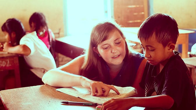 Volunteer in Bali teaching with International Volunteer HQ