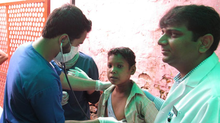 IVHQ medical campaign volunteer in India