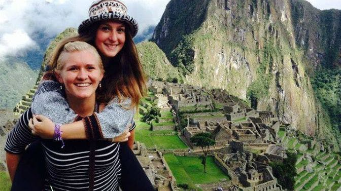 Volunteers in Peru, exploring Machu PIcchu