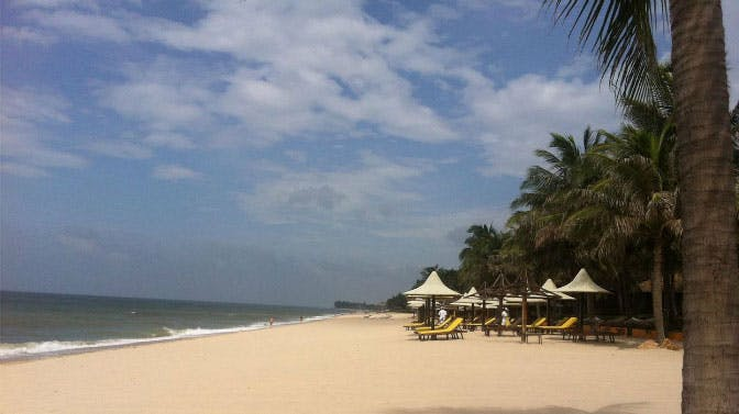 Visit the Mui Ne beach as an IVHQ volunteer in Vietnam
