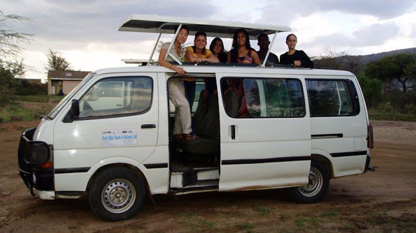 IVHQ volunteers on Safari in South Africa