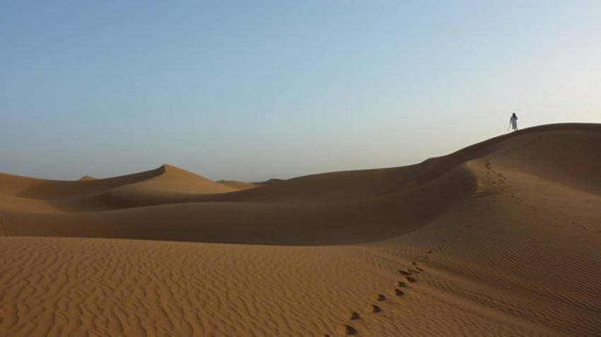 Visiting the Sahara Desert during a spare weekend as an IVHQ volunteer