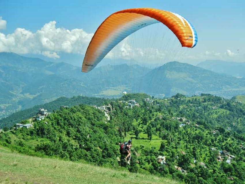 Experience Paragliding as an IVHQ volunteer in Nepal