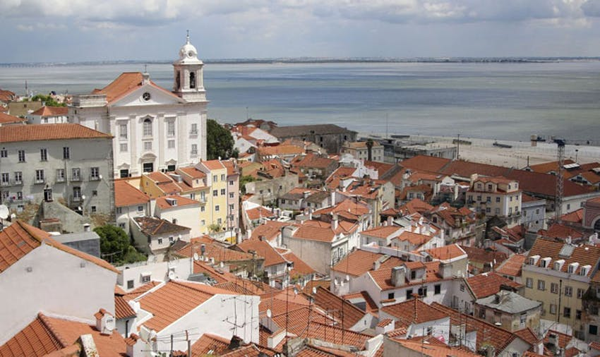 IVHQ Volunteer in Portugal Lisbon