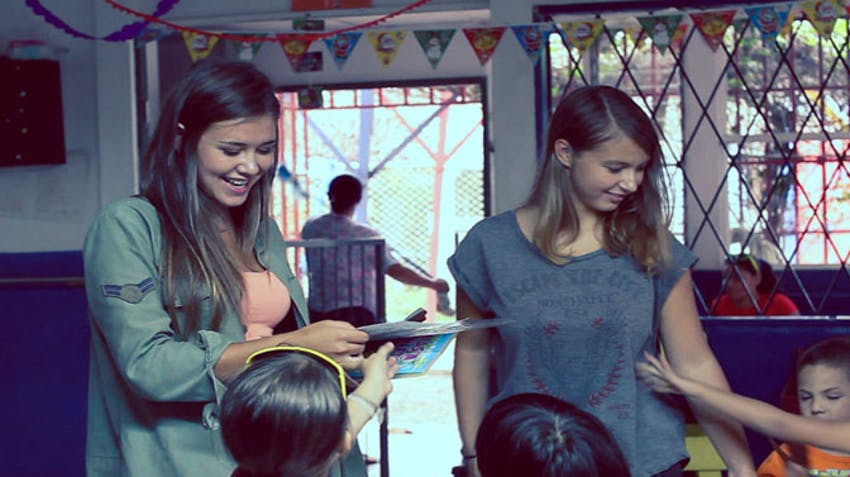 Join a Spanish Service Learning Course with IVHQ