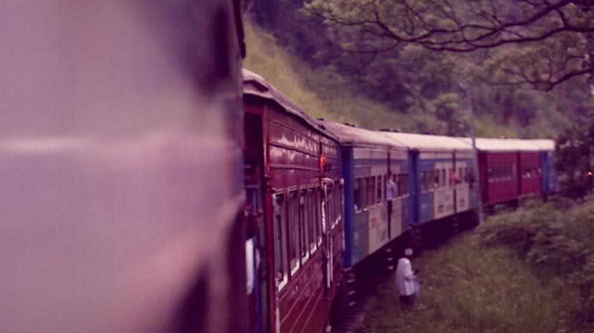 Catching a train through Sri Lanka with IVHQ