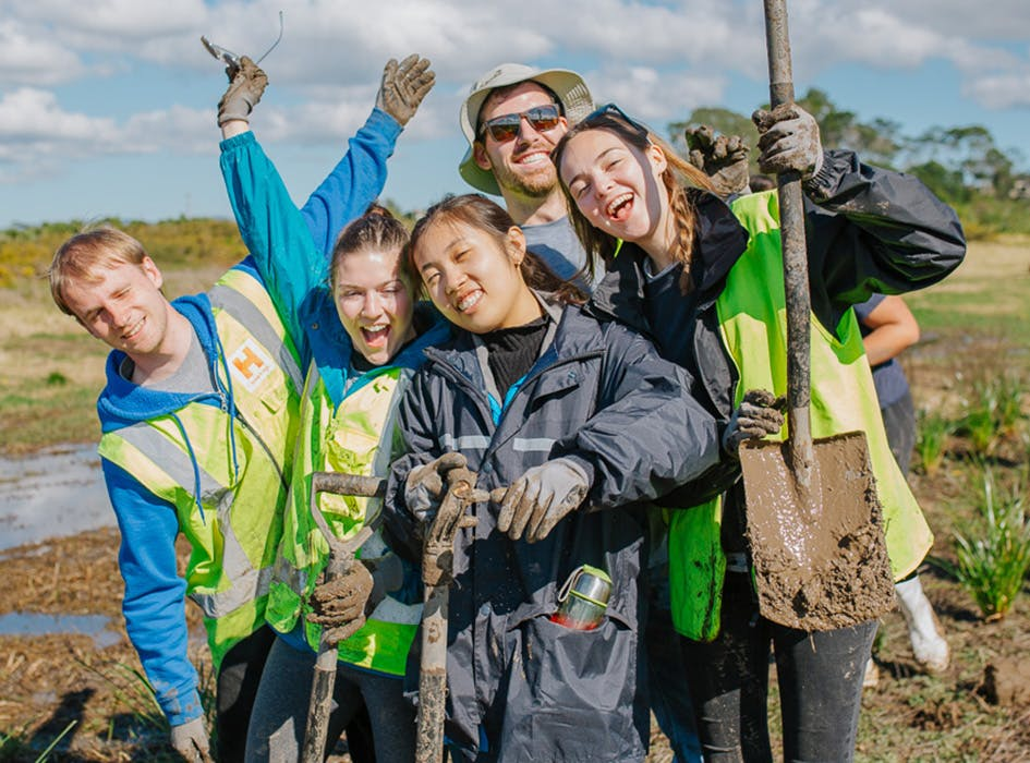 Coast and Waterway Conservation Volunteer Project in New Zealand - Auckland