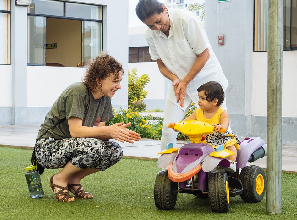 Childcare Volunteer Program in Peru - Lima